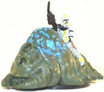 Star Wars Miniatures - The Clone Wars 008 - Clone Trooper on Gelagrub [Star Wars Miniatures The Clone Wars]